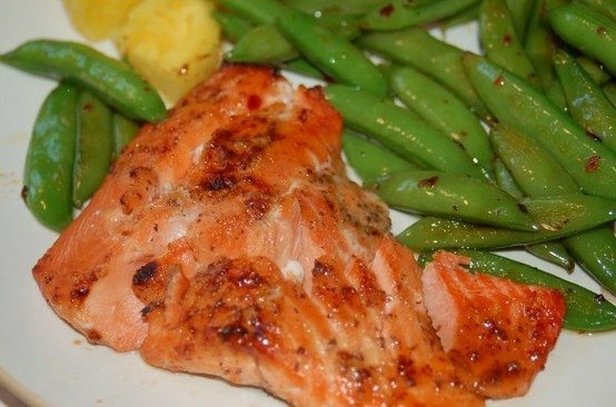 candied salmon & spicy snap peas. mmm!   Recipes   Pinterest   Spicy ...
