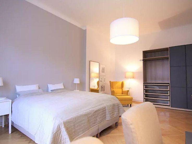 Byt 2+kk 72 m² k pronájmu Zelný trh, Brno - Brno-město; 8000 Kč za měsíc, cihlová stavba, osobní vlastnictví, ve velmi dobrém stavu.