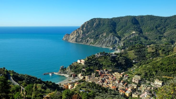 Italy: Cinque Terre on a Budget - NYTimes.com - The stunning profile stretched into the distance before me: miles of craggy coastline punctuated by five pastel villages, each nestled amid cliffs and sparkling sea. But on a pleasant afternoon in mid-October, only one other person was admiring this spectacular view of Cinque Terre, on the northwestern coast of Italy.