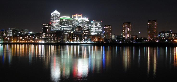 Canary Wharf lights