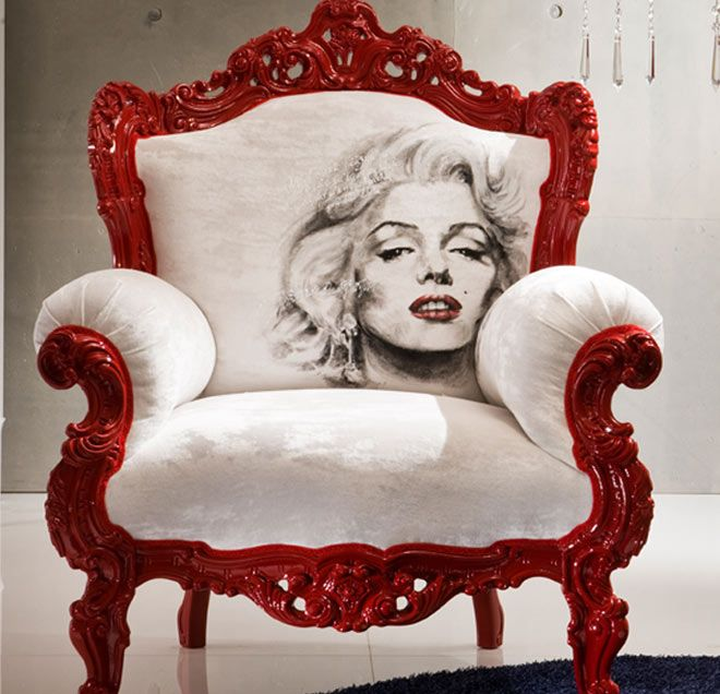 love this chair!!!!!Marilyn Monroe, The Artists, The Face, Marilynmonroe, Norma Jeans, Painting Chairs, Painting Fabrics, Chairs Design, Fabrics Art