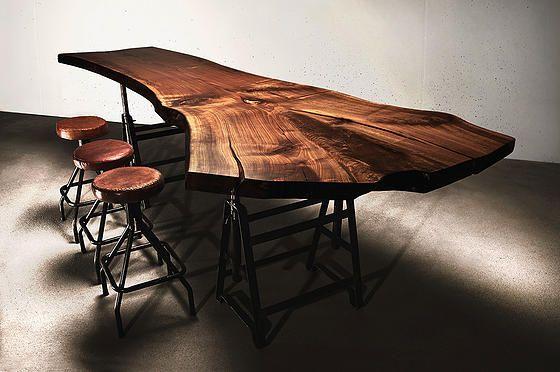 Tischplatte Holztisch Stammbohle Baumtisch Massivholztisch unverleimt aus einem Stück Massivholzplatte Nussbaum | Holzwerk-Hamburg