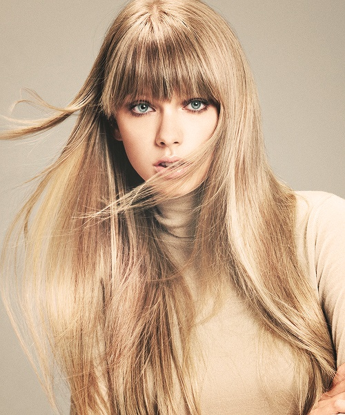Adorable Look Of Taylor Swift #Adorable #Look how perfect is her hair