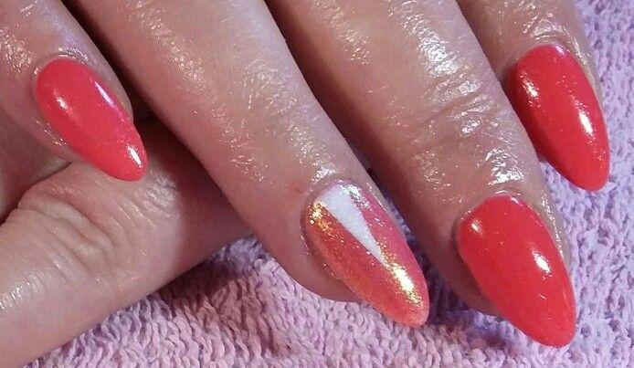 #mermaid effect #nails #semilac #triangle #tutti frutti #spring nails