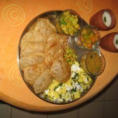 Gujrati thali