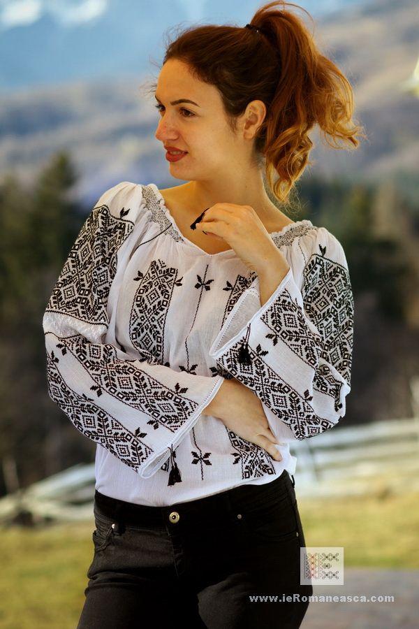 Romanian embroidery 100% handmade boho style blouse bohemian fashion vishivanka worldwide shipping #vyshyvanka #romanianblouse #ia #ieromaneasca #bohostyle #bohemian #fashion #embroidery #handmade