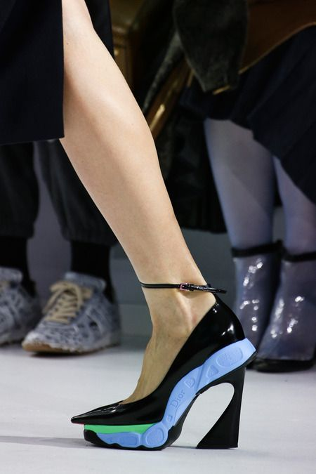 Christian Dior, Fall 2014 Ready-to-Wear Collection, Women's Fashion, Runway, h-a-l-e.com