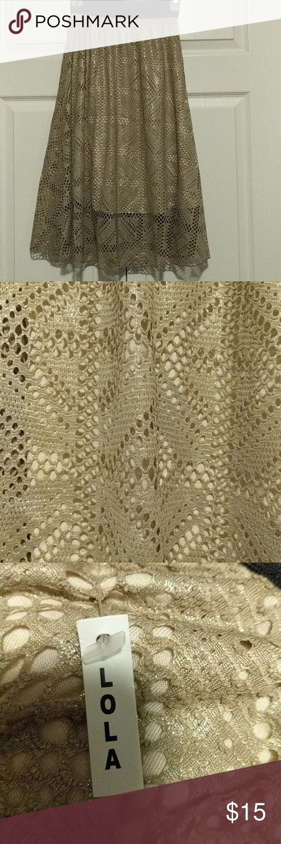 LuLaRoe Vintage Lola NWT XXS. Tan with gold shimmer. Black stretchy waistband LuLaRoe Skirts Midi