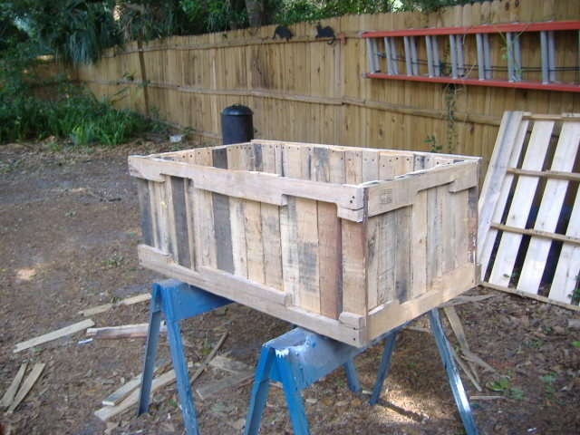 Deconstruct a pallet-- no nail pull method.  Nice instructable on building a planter from pallet wood.