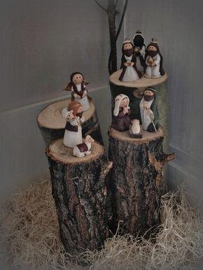 INDICE DEL ARTICULO1 Una sala muy Rústia y Navideña: 2 Bienvenida Navideña con Tablas: 3 El árbol navideño: 4 Sobre la Chimenea: 5 Decoración para el exterior: 6 Brillo y