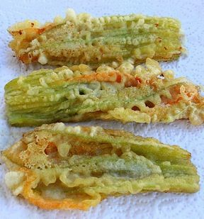 Fried Zucchini Flowers- Foods in Rome