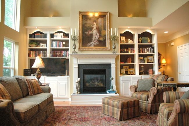 staging living room furniture 1000 ideas about furniture around fireplace on 13801