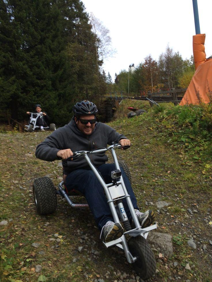 Bergbanan Mellanstation i Åre, Jämtlands län  Mountaincartkörning Kälkspåret, Explore Åre