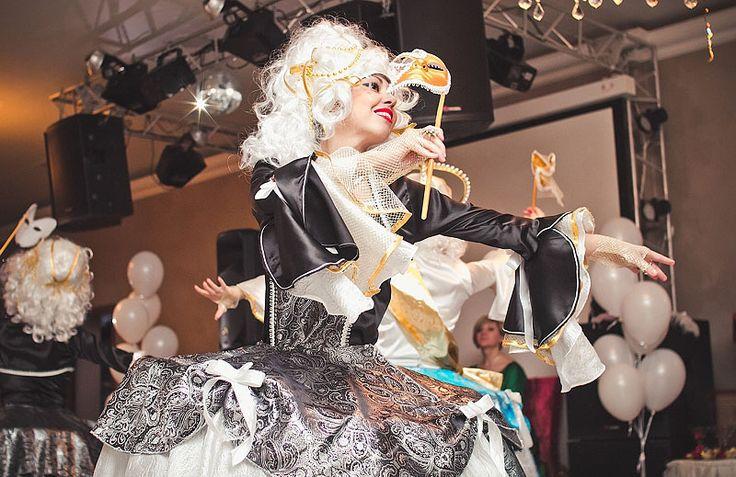 Тамада на Новый год 2016 Наталья Сибиряева и ди-джей Артём - 12 000 рублей