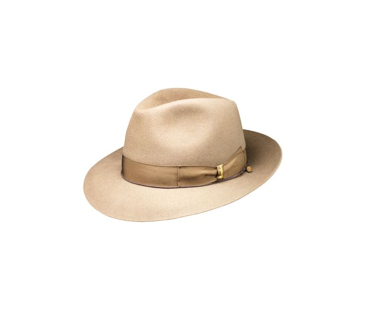 Anello felt hat. Product code: 114336. Shop it here: http://shop.borsalino.com/en/mans-collection/fall/winter/felt-hats-carry-over/anello-medium-brim.