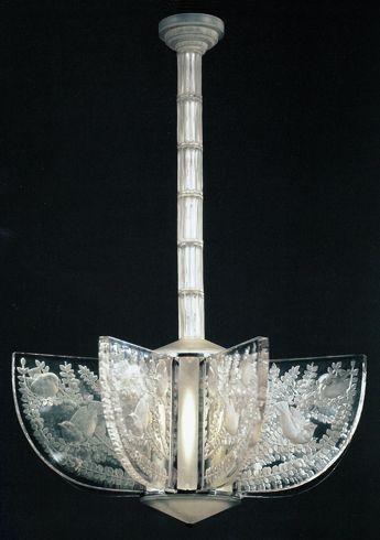 Art Deco Chandelier: Alger Ⅱ, René Lalique, 1930, H: 103 cm, D: 76.5 cm