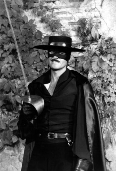 398 best images about zorro on pinterest for Cocktail zorro