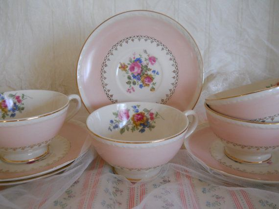 vintage pink roses china teacups and saucers, gold details, homer laughlin eggshell georgian, pattern marilyn