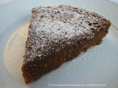 """Bastano 10 minuti e un microonde per uno splendido """"Gâteau au chocolat"""""""