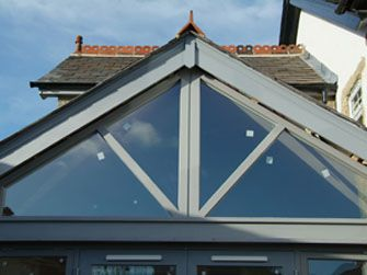 http://www.vincentjoinery.co.uk/extraimages/roof_window.jpg