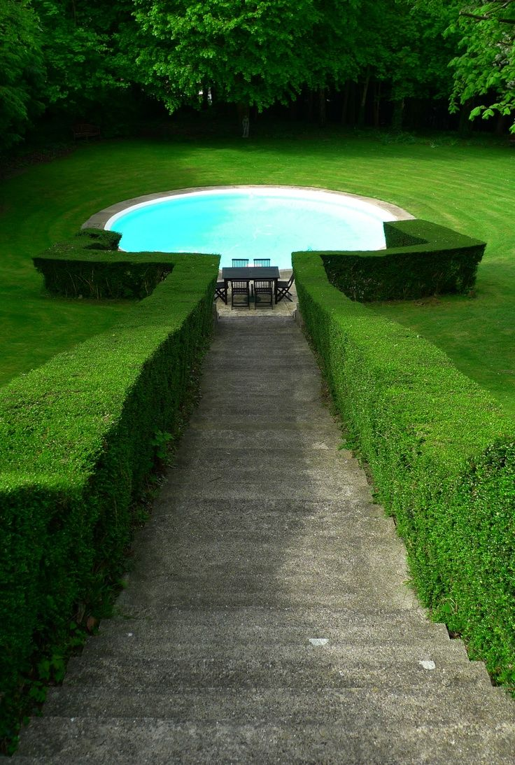 Rive Gauche : Green Pools