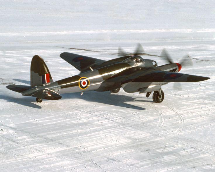 DeHavilland Mosquito, Bomber, DeHavilland, Mosquito, RAF, War, World, WW2.