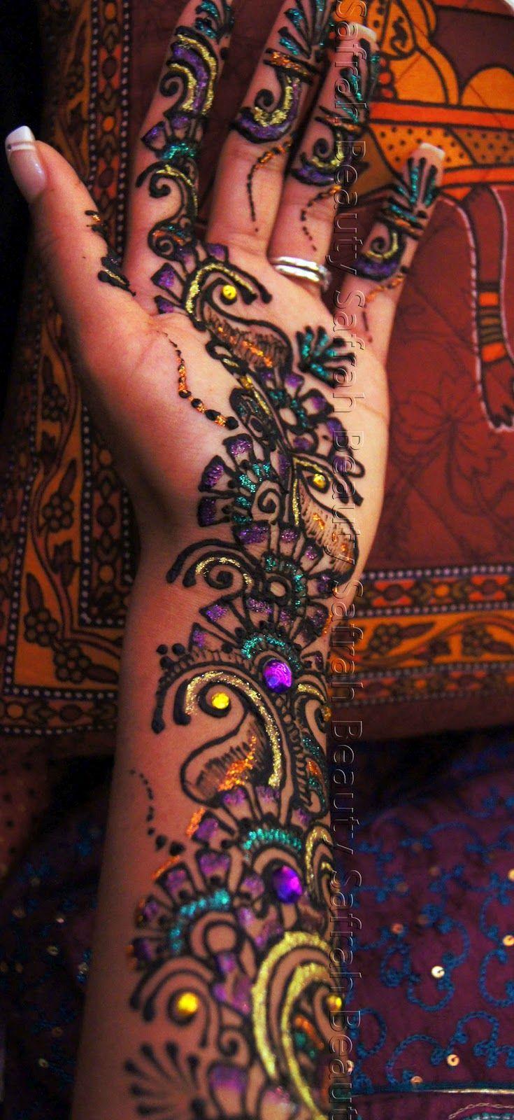 45 besten colorful henna bilder auf pinterest mandalas mehndi tattoo und t towierungen. Black Bedroom Furniture Sets. Home Design Ideas