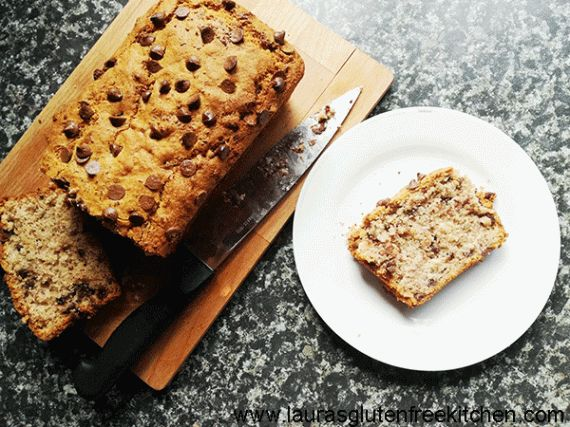 Gluten free chocolate chip banana bread -- What's better than banana bread? Chocolate chip banana bread! Awesome texture, sweet banana flavor and chocolate chips throughout – you need a slice of this yumminess ASAP!