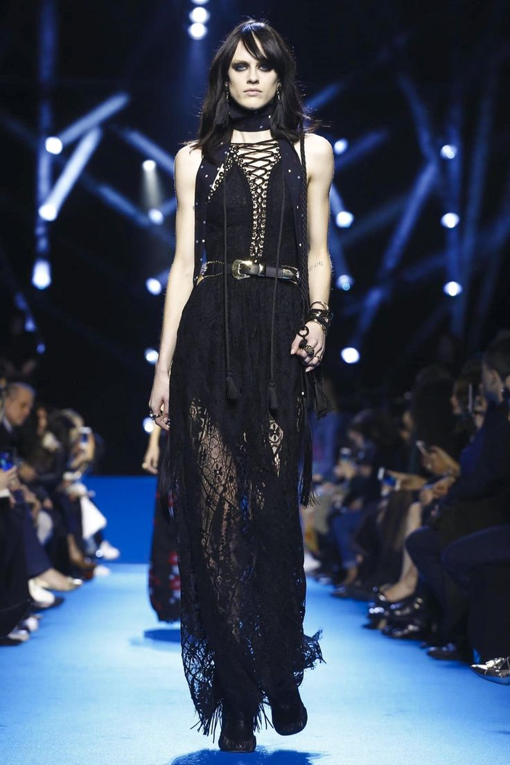 Elie Saab Fashion Show Ready To Wear Collection Fall Winter 2016 in Paris