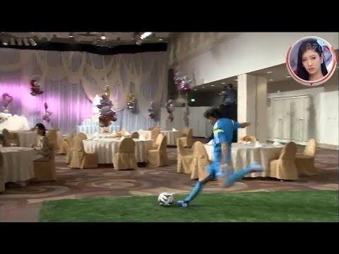 中村俊輔 神業FKで動くケーキの上の人形を落とす Shunsuke Nakamura amazing free kick - YouTube