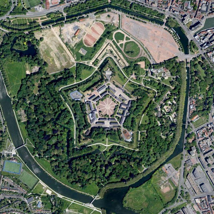 La citadelle de Lille avec le retour de la pièce plate et la disparition du stade de foot.