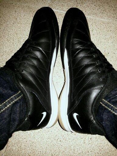 Nike Gato II Black - White
