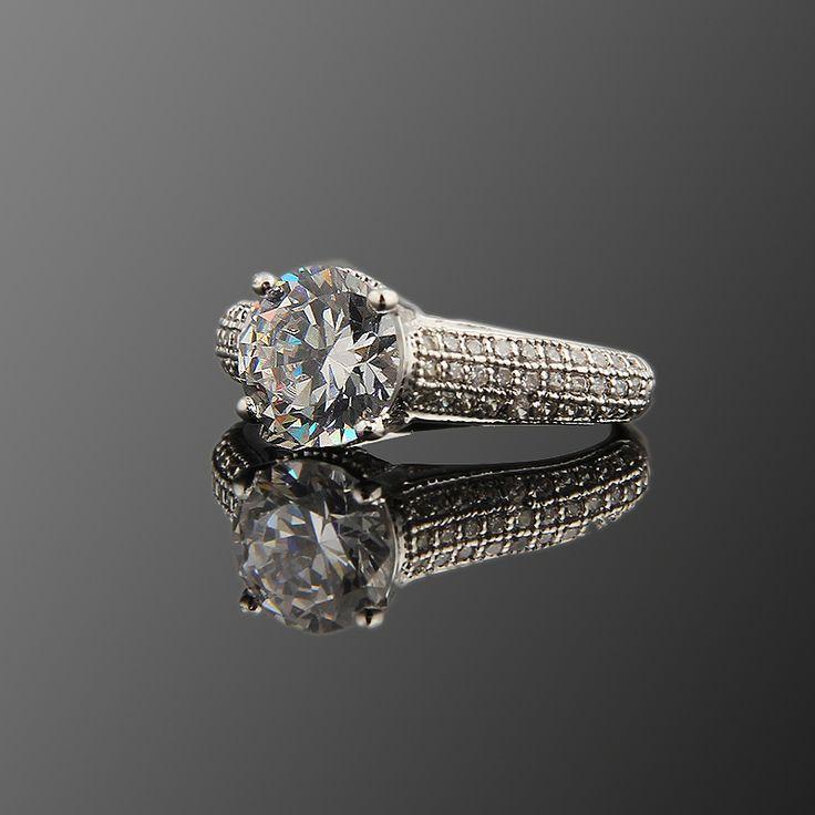 Alya Yüzük - Avusturya kristali - Swarovski taşlar - Aksesuar - Yüzük - Dalya Takı Austrian Crystal - Swarovski stones - Accessory - Ring - Solitaire Royal Ring