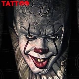 Stephen King's evil clown Pennywise is back and ready to scare Watch the new trailer on our blog, link in bio  Work by @nikkohurtado  #tattoo #tattoolife #tattoolifeblog #tattoolifemagazine