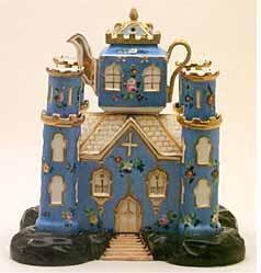 A palace fit for a tea drinker. www.missdinkles.com