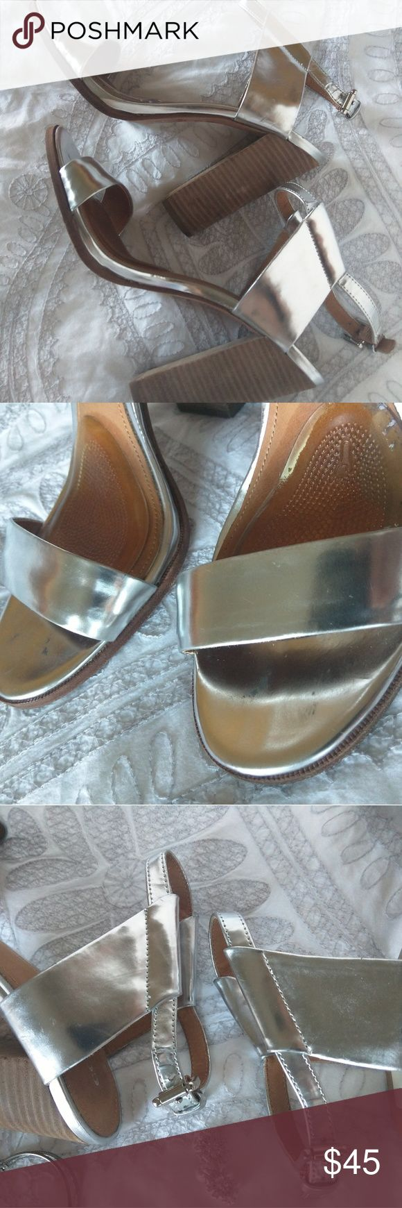 """Coach Lexey  Silver Block Heel Sandals Coach Lexey silver block heel sandals perfect for spring and summer. Minimal signs of wear.  Please note  the have gel pads (I will include a new pair when sold in case they're needed).  Size 10B. Made in China.  Heel: 4.5"""" inches Coach Shoes Heels"""