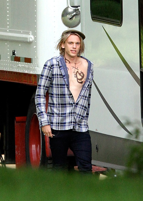 Jamie Campbell Bower (Jace) shows off his Shadowhunter runes