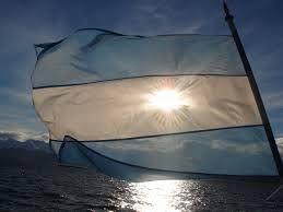 Resultado de imagen para bandera argentina fotos