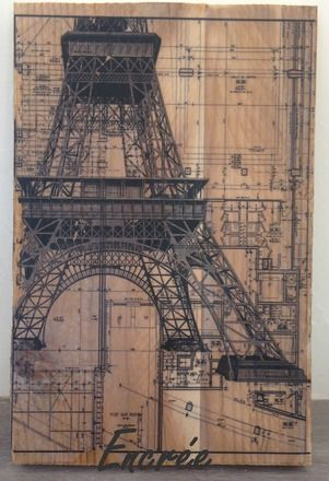 décoration murale, détail de plan d'architecte, construction de la tour Eiffel sur planche de bois brute