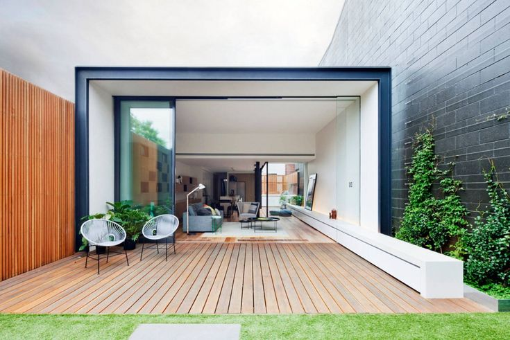 """Bridport Residence is a two story Victorian terrace that was redeveloped with a contemporary addition by Matt Gibson Architecture + Design. It is located on Bridport Street, in Melbourne, Victoria, Australia. Bridport House by Matt Gibson Architecture + Design: """"A contemporary extension to a 2 storey terrace makes optimal use of the northerly aspect, and creates a quiet safe haven to the rear of the property with Bridport St frontage. Natural materials, and sense of scale ..."""