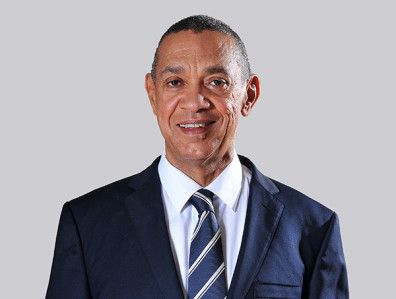 """A Ruthless Government is Better Than a Youth-less Government   This article was written by Senator Ben Murray Bruce. Please read and share your thoughts on this.  """"When you take a critical look at the composition of the present administration at the federal level the only place you can find youths is in the National Assembly. There are no youths in the cabinet of President Muhammadu Buhari otherwise known as the Executive Council of the Federation. All the ministers are either middle age or…"""