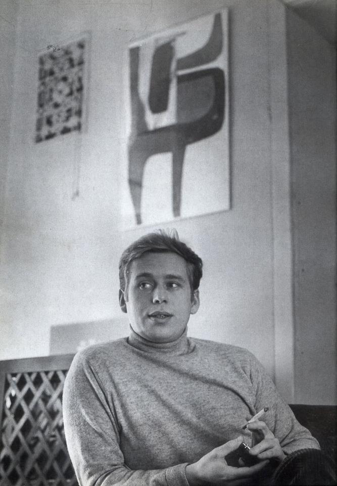 """Czech poet & president Vaclav Havel. """" On ne doit pas avoir peur de rêver, si nous voulons que l'irréel devienne réalité..si seulement, nous osions de temps en temps lever les yeux vers les étoiles """""""