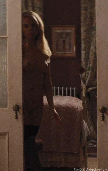 moviesexvideotape: Margot Robbie / The Wolf of Wall Street 2013