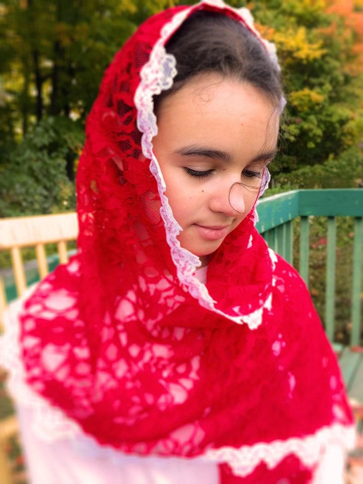Church Scarf, Red Lace Catholic Veil, Chapel Scarf, Confirmation Veil, Scarf for Mass, Latin Mass Veil, Church Veil, Church Mantilla
