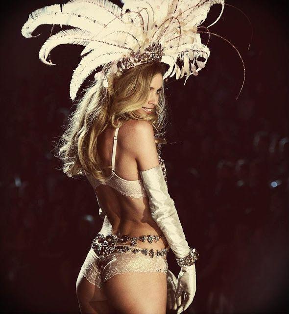 Victorias secret lingerie show hair spray