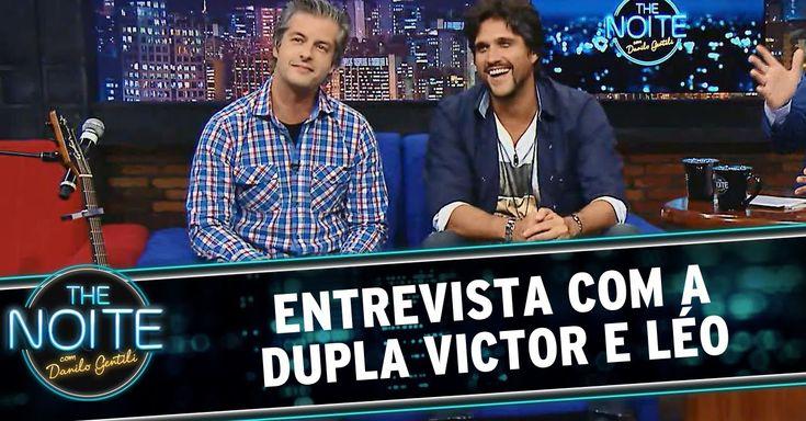 The Noite (02/10/14) - Entrevista com a dupla Victor e Léo