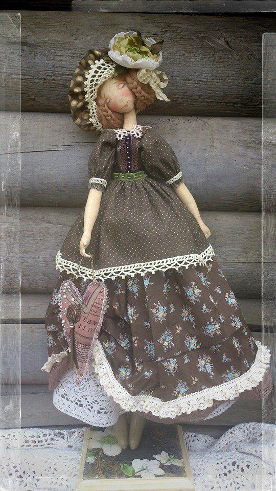 Elena Gorelova.boneca têxtil