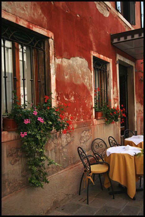 Venetian Bistro  by tinaberardi