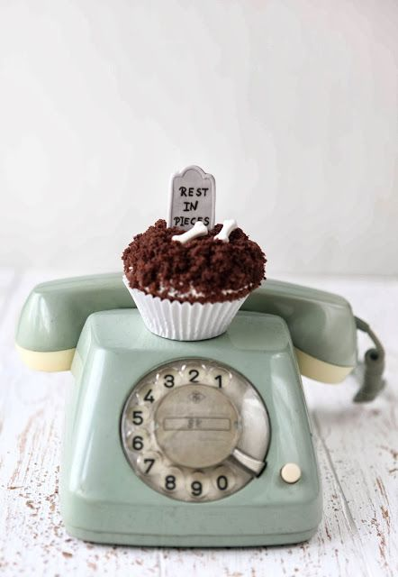 ... sabrinasue: creepy me - halloween cupcakes ...