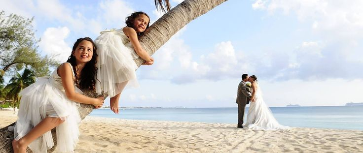 Cayman Island is one of the most perfect venues to create the wedding day of your dreams.Our team will be honored to help you for making your wedding & event memorable.